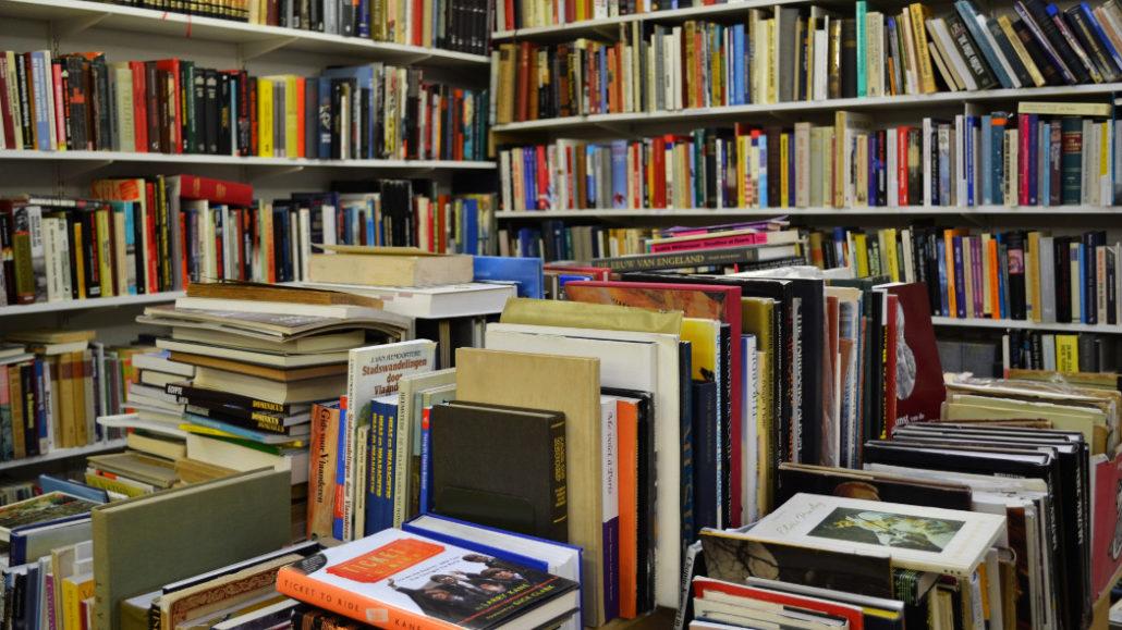 i libri in italia crescono piano ma una questione politica